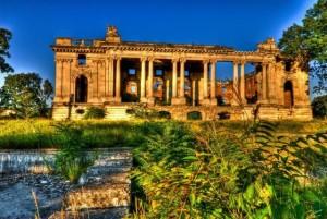 Palatul-Micul-Trianon-din-Floresti-Galerie-foto--1335542326-1.629893-[640x480]