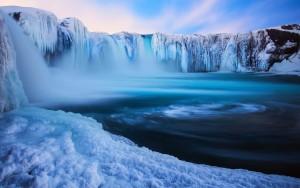 paesaggi_islanda_inverno_cascate